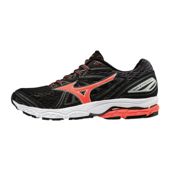 Chaussures de running femme WAVE PRODIGY black/fierycoral/magnet