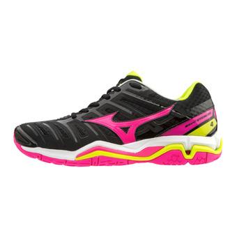 Mizuno WAVE STEALTH 4 - Zapatillas de balonmano mujer black/pinkglo/yellow