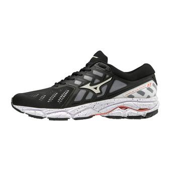 Mizuno WAVE ULTIMA 11 - Chaussures running Femme blk/wht/persimmon