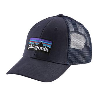 P-6 Logo LoPro Trucker Hat Unisexe Navy Blue w/Navy Blue