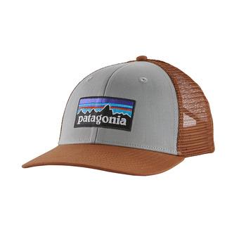P-6 Logo Trucker Hat Unisexe Drifter Grey