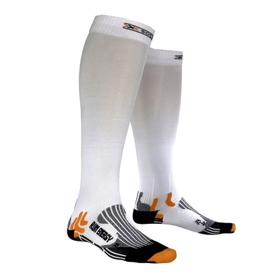 https://static.privatesportshop.com/763472-2580261-thickbox/chaussettes-de-running-run-energiser-white.jpg