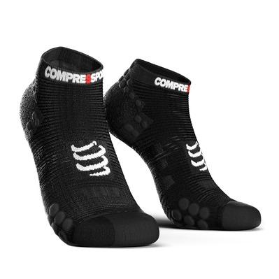 https://static.privatesportshop.com/904087-3182761-thickbox/compressport-proracing-v3-run-socks-black.jpg
