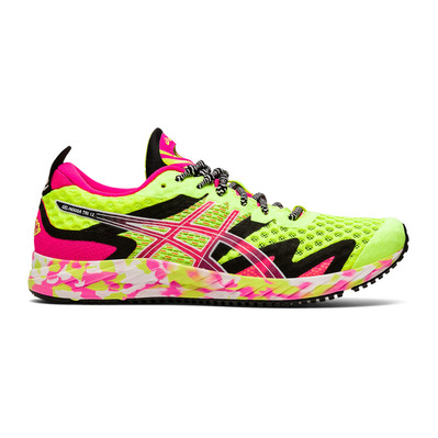 ASICS - GEL-NOOSA TRI 12 - Chaussures running Femme safety yellow/pink glo
