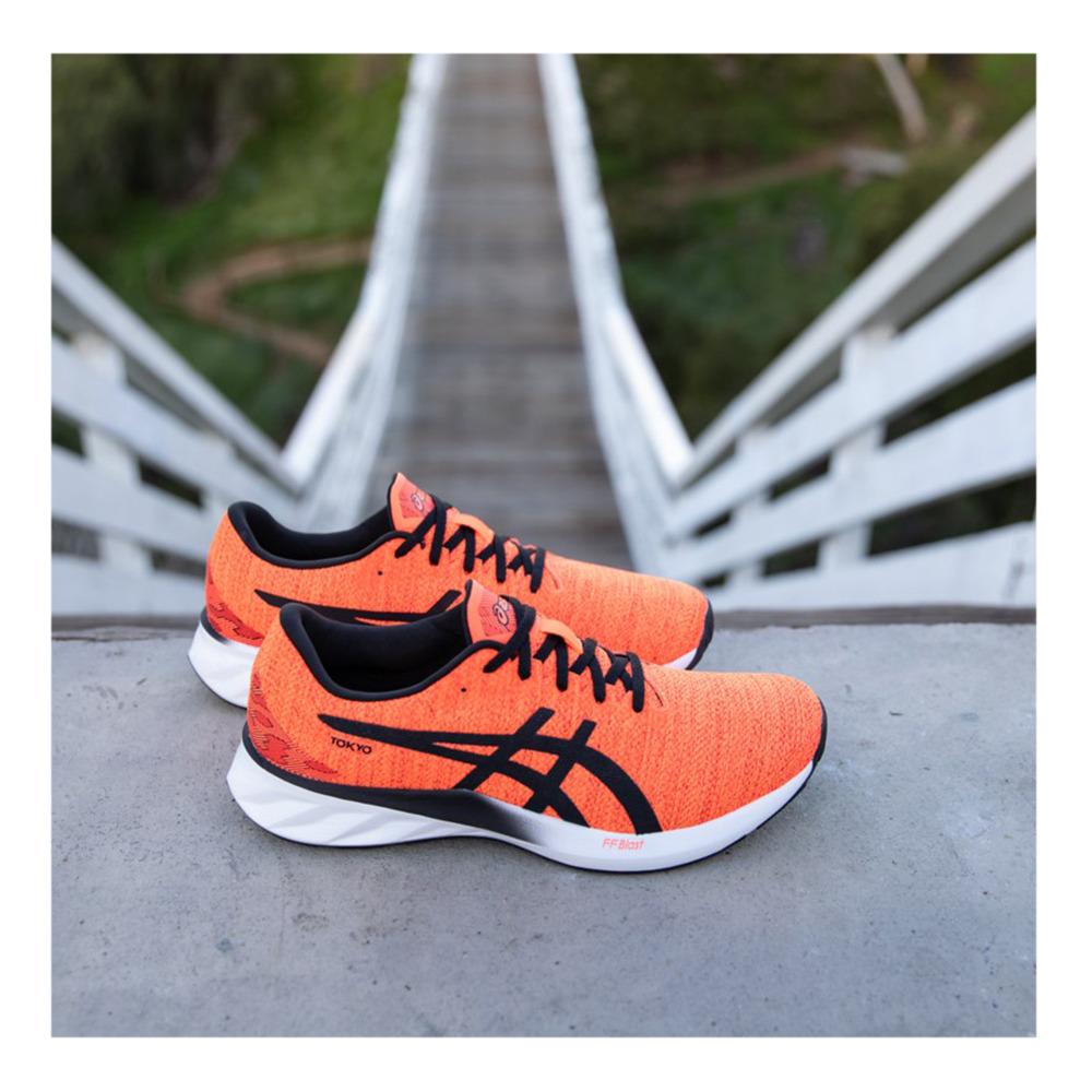 Asics ROADBLAST TOKYO - Running Shoes - Men's - sunrise red/black ...